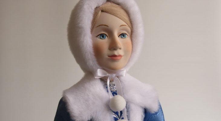 Снегурочка в синей шубке